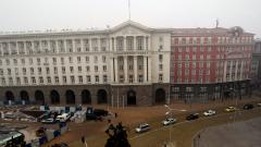 Работодатели и синдикати искат спешна среща с Борисов за проекта за ценните книжа