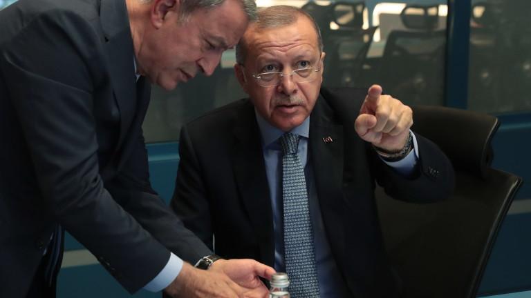 Турският президент Реджеп Ердоган плаши че ще отвори вратите за
