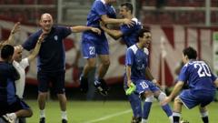 Фенербахче и Базел в груповата фаза, Олимпиакос - не