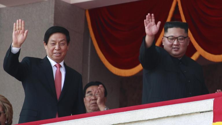 Северна Корея обещава да изгради силна и напълно самодостатъчна икономика