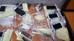 """Митничари иззеха близо 7000 мобилни телефона на """"Дунав мост"""""""
