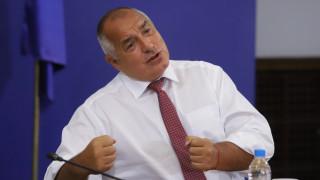България минавала между капките, а Борисов - между яйцата