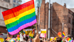 ЛГБТ активисти в Грузия отменят гей парад след нападение срещу офиса им