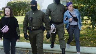 В Минск арестуваха над 20 души, включително и кореспондента на РИА Новости