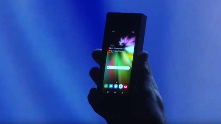 Samsung показа телефон със сгъваем екран