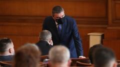Владислав Горанов не вижда причината да се оттегля