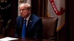 Коронавирус: Ноам Чомски обвини Тръмп, че е виновен за смъртта на хиляди американци