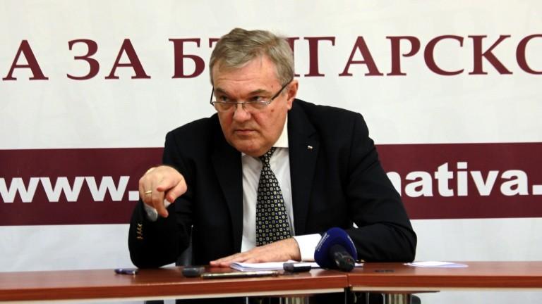 Румен Петков: Мерките срещу коронавируса не са съобразени с аргументите на НОЩ