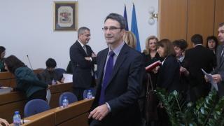 Трайков: Вандализмът в Македония е наследство от комунизма