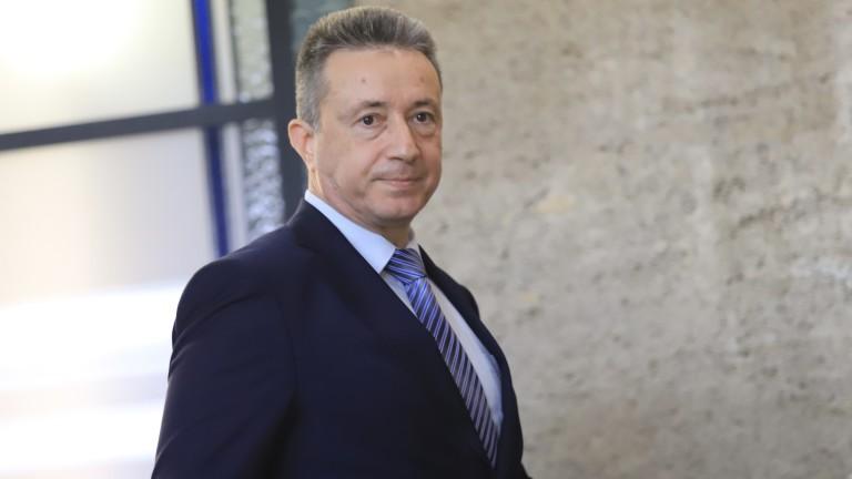 Янаки Стоилов се чуди какво да каже днес на депутатите в защита на съдебната система