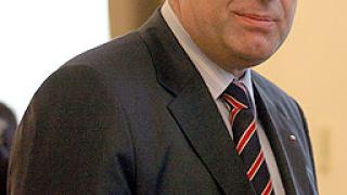 Европейските либерали подкрепят ДПС и НДСВ за изборите