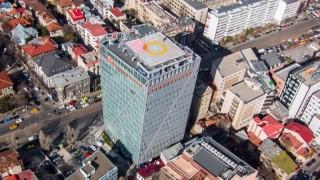 Петр Келнер си купи офис сграда с площадка за хеликоптер в Румъния