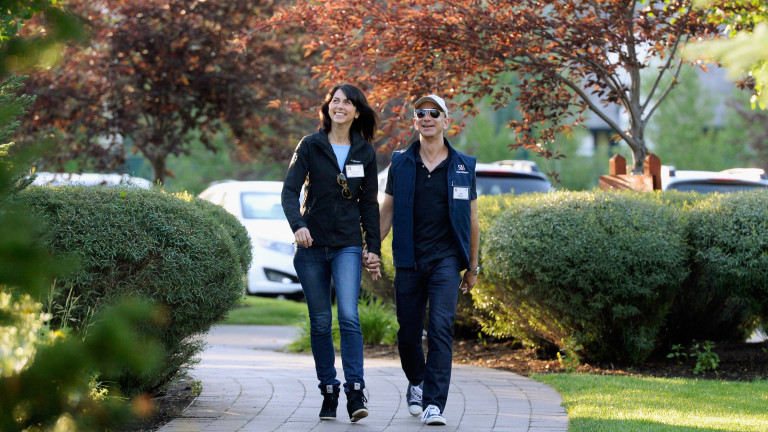 Развод за $38 милиарда: Джеф и Макензи Безос са напът официално да се разделят