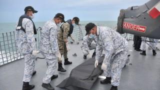 Водолази откриха останките на всички моряци от катастрофиралия US разрушител