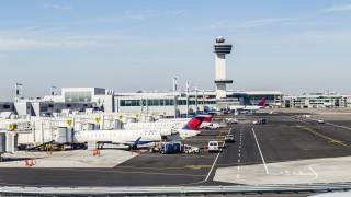 Основното летище на Ню Йорк вече не е сред най-големите в света