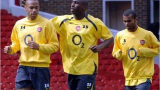 Сол Кембъл титуляр за Арсенал срещу  Виляреал