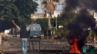 Битките по улиците на Тунис отнеха нови 8 живота