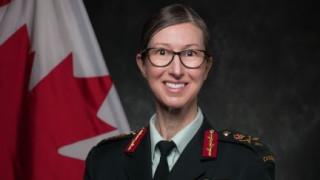 Канада заменя мъже генарали с жени генерали