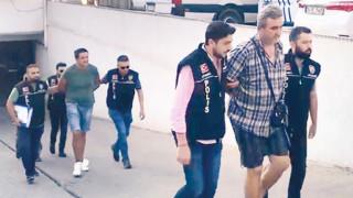 Задържаха българин в Истанбул, за превоз на нелегални оръжия