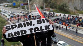 Каталунски сепаратисти блокират главна магистрала между Испания и Франция