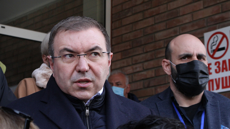 Ангелов очаква възобновяване на масовото ваксиниране от четвъртък