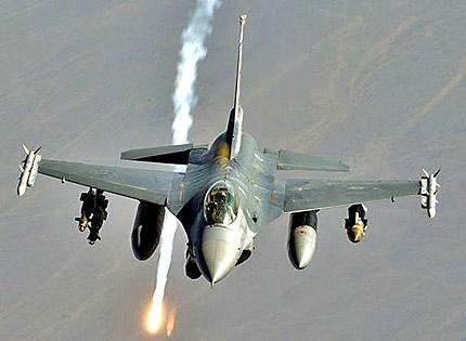 Италия посреща натовски сили за удар срещу Либия