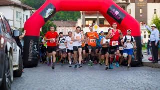 """Над 500 маратонци от 16 държави се включват в """"Трявна Ултра 2017"""""""