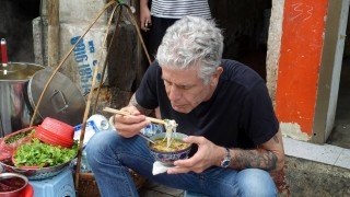 Антъни Бурдейн вдъхнови пътуване из Виетнам