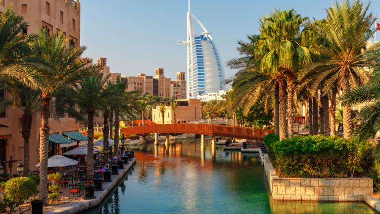 Дубайският Бурдж Ал Араб е смятан за най-луксозният хотел в