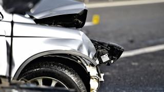 Да станеш милиардер от продажбата на катастрофирали автомобили