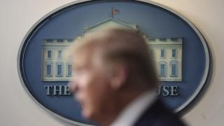 Тръмп: САЩ преминаха през пика