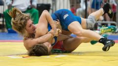 Евелина Николова загуби с туш на Европейското първенство по борба