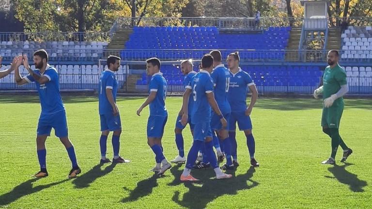 Спортист (Своге) започна контролите си в Банско със загуба от Марек