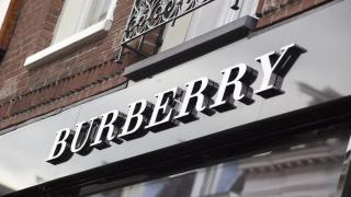 Burberry спира да гори непродадените стоки