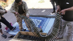 Артилерийският обстрел над Триполи се засилва