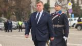 Каракачанов настъпва със законопроект за доброволната казарма