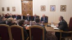 Румен Радев: Корупцията изкривява пазарните отношения и демотивира бизнеса