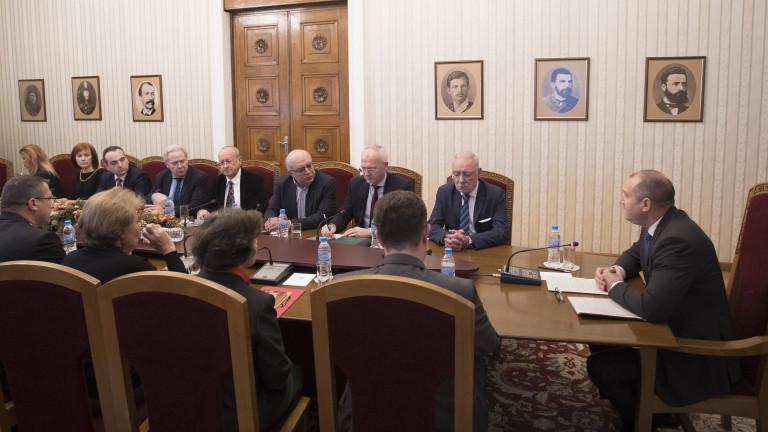 Президентът Румен Радев се срещна с ръководителите на национално представителните