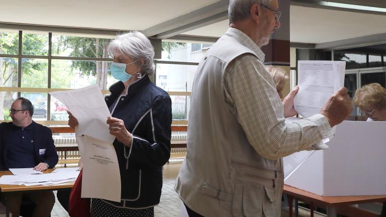 Управляващата партия в Хърватия Хърватски демократичен съюз води на изборите