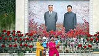 Опровергаха слухове за смъртта на Ким Чен Ир