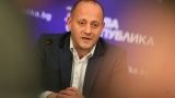 Радан Кънев хвърли оставка