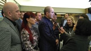 Цветанов зове Румен Радев да каже как е финансирана кампанията му