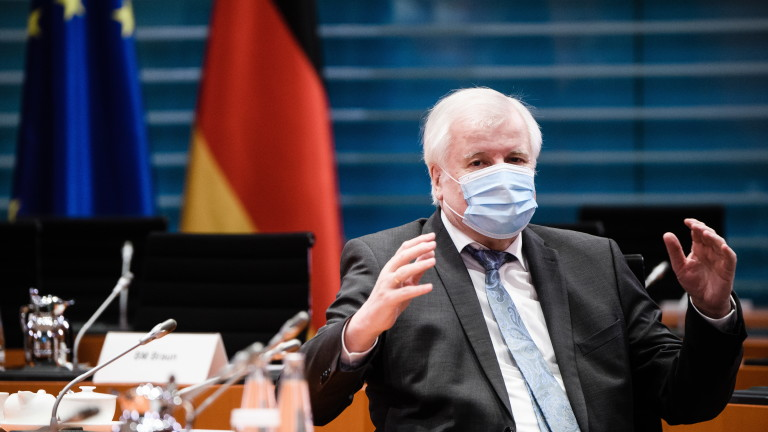 Германският вътрешен министър Хорст Зеехофер предложи във вторник мерки, при