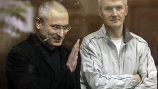 Присъдата срещу Ходорковски е писана в Кремъл, според опозицията