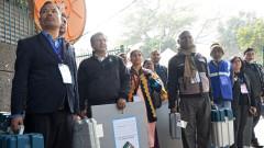 Моди губи Ню Делхи, според exit poll