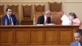 Депутатите не позволиха на Асен Василев да плати на пътните строители