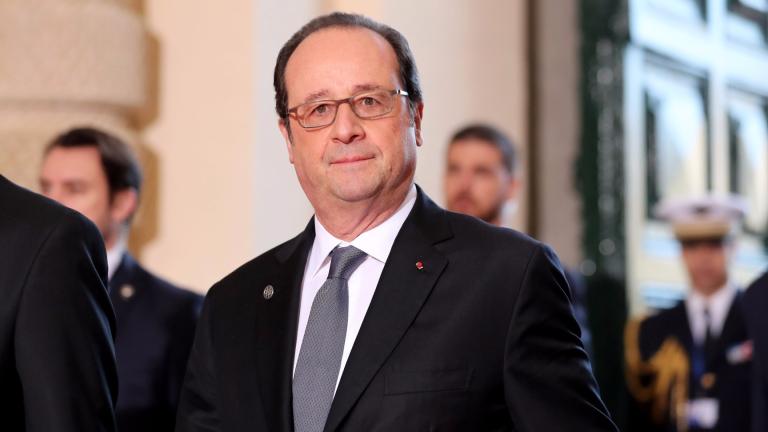 Почина бащата на бившия френски президент Франсоа Оланд.
