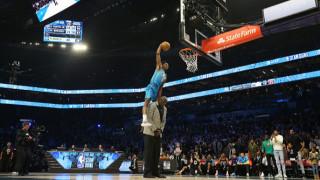 Прескачаш Шакил О`Нийл и печелиш конкурса по забивки в НБА