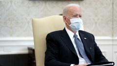 Байдън обмисля да изпрати маски на всички американци