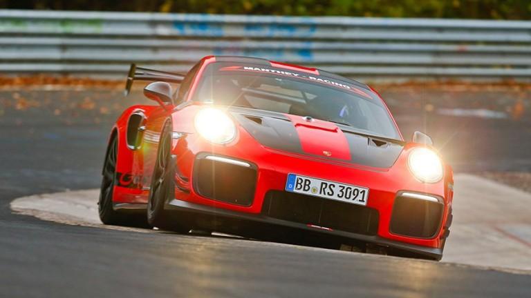 Суперавтомобилът Porsche GT2 RS MR постави нов рекорд за Северната